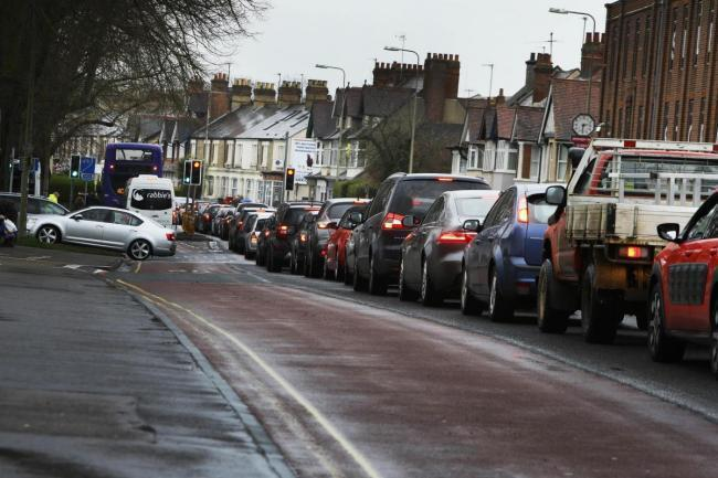 Botley Road traffic causing problems