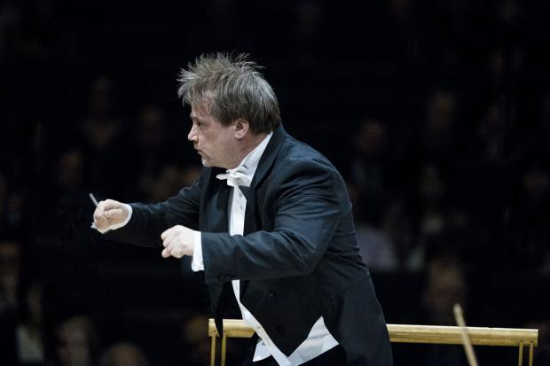 Conductor John Storgards               Pic by Marco Borggreve