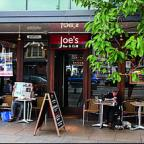 Joe's Bar and Grill, Summertown