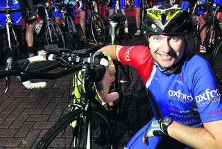 Dron Kyle and the Oxford Bus Company cycling team are preparing to take part in the OX5 run next month