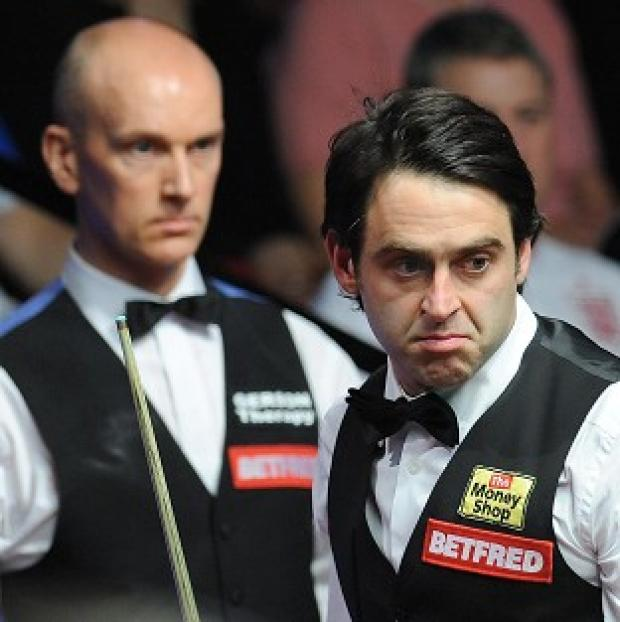 Ronnie O'Sullivan (right) and Peter Ebdon