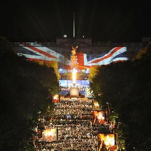A beacon outside Buckingham Palace was lit during the Jubilee concert