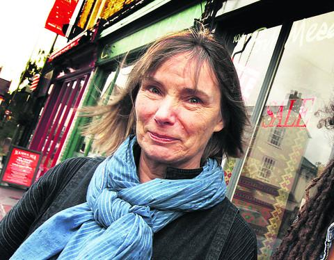 Azize Stirling outside her Walton Street shop which is closing after 22 years because of expensive rent and rates, and people stealing wool. Picture: OX53996 Damian Halliwell