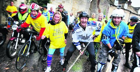 The Oxford Times: Rollerblader Richard Gregory, white top, joins the commuter challenge