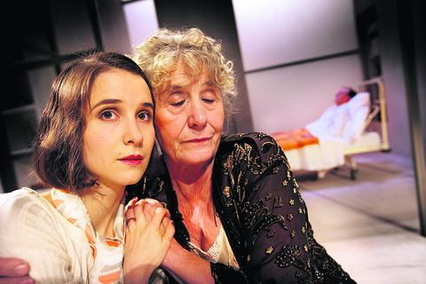 Playhouse thriller keeps audiences guessing