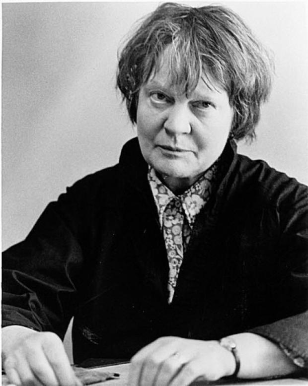 Iris Murdoch's honour is 'held back'