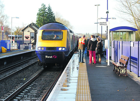 A First Great Western High Speed Train calls at Ascott-under-Wychwood station on the Cotswold Line
