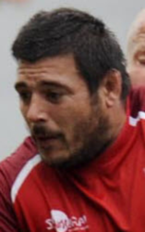 Franck Montanella has signed a new contract with the Exiles