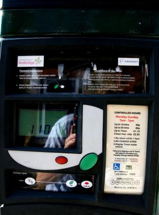 Thieves snatch £1,600 from pay-and-display machines
