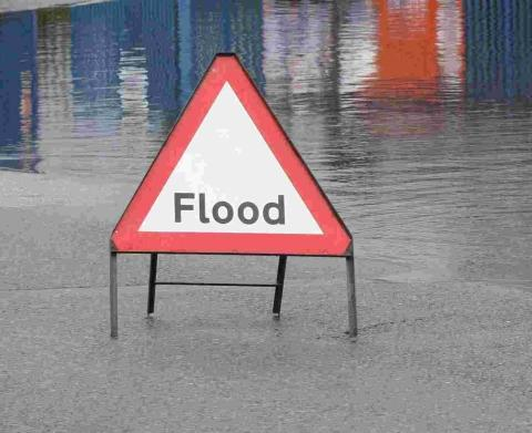 The Oxford Times: FLOODING: Flood warnings on the River Thames, the River Windrush and the River Thame