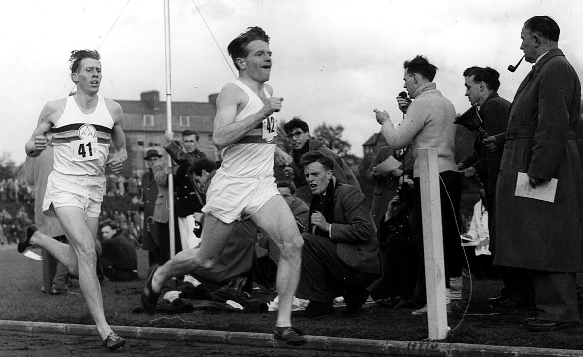 Four-minute mile pacemaker dies aged 82