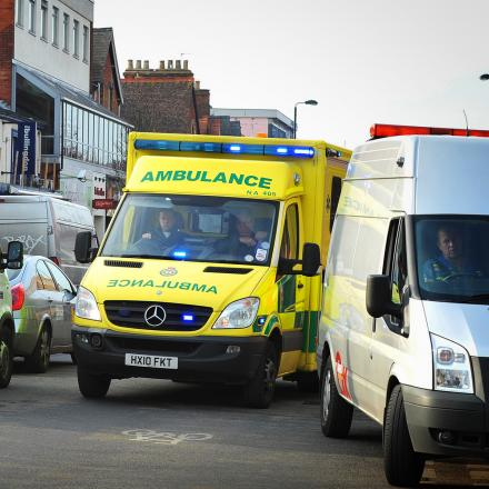 Woman taken to hospital after falling off her bicycle near Abingdon