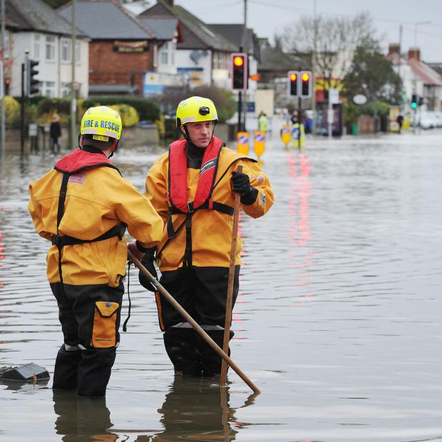 The Oxford Times: County dips toe into water over flooding cost website