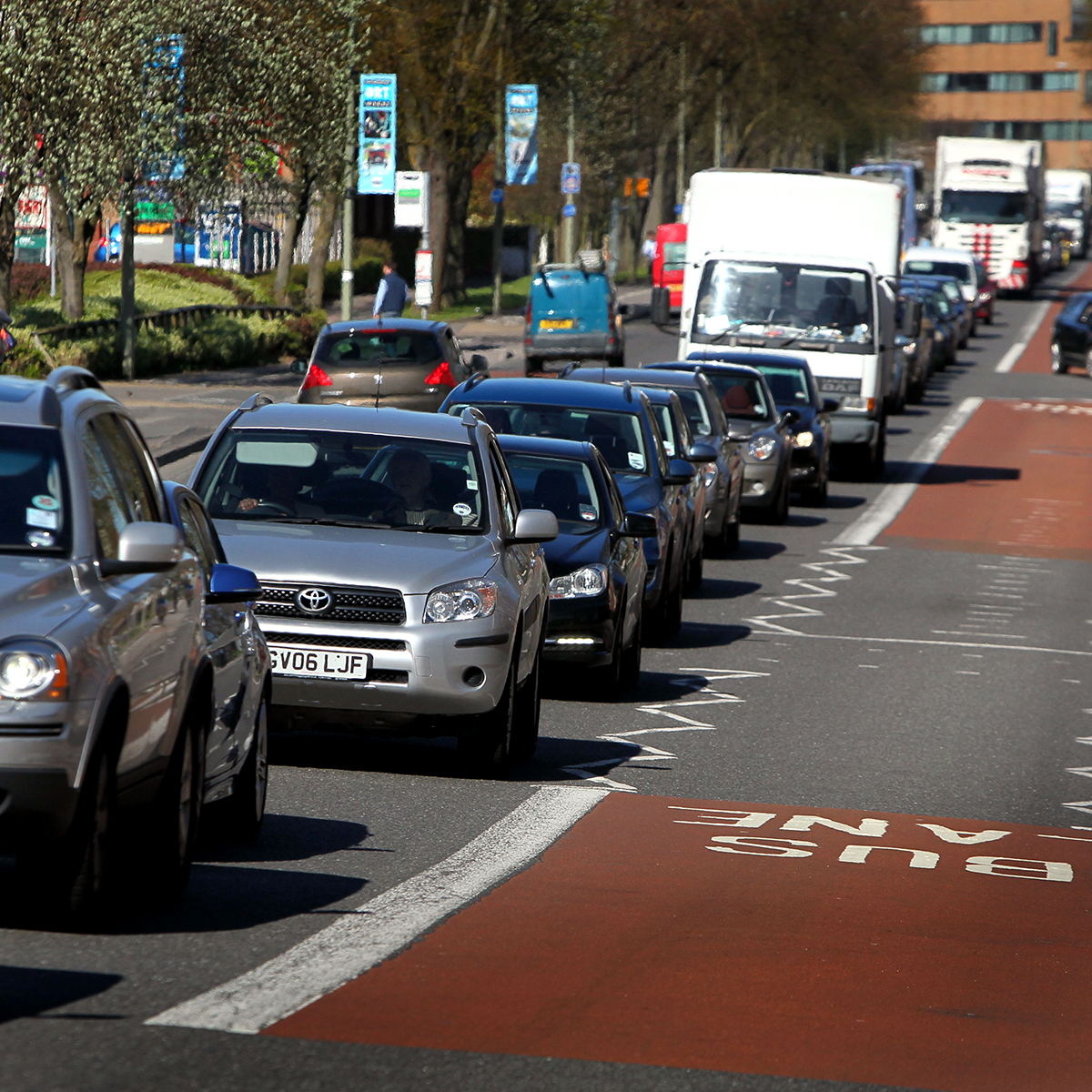 Traffic delays to go on after cable fault