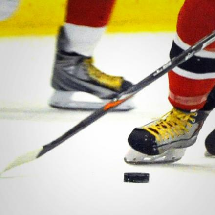ICE HOCKEY: Sensational Stars storm to double