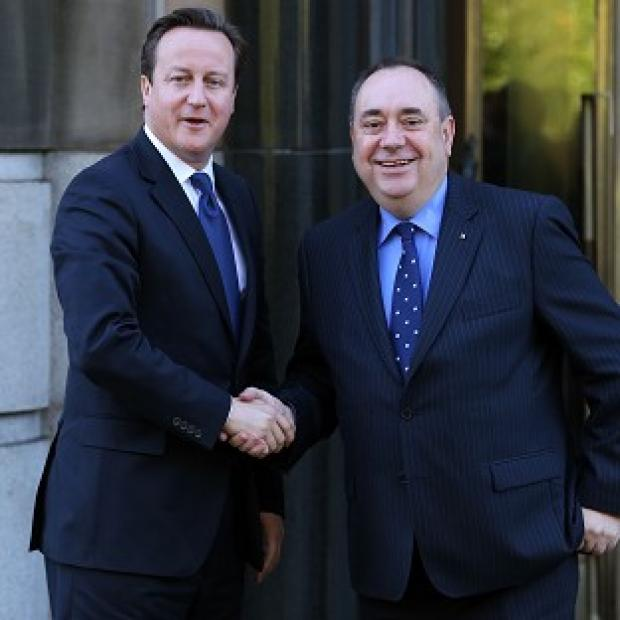 The Oxford Times: Pressure is mounting on David Cameron to enter into a face-to-face debate with Alex Salmond on Scottish independence