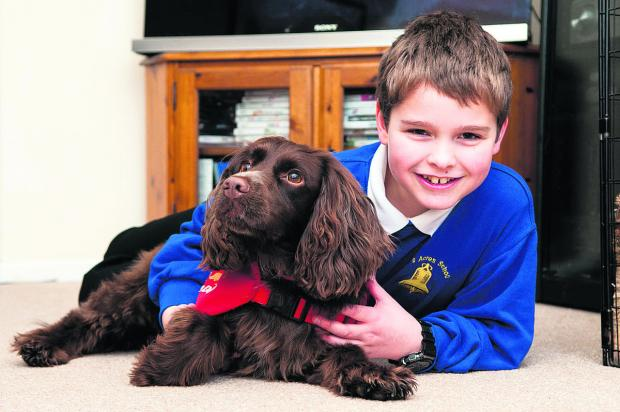 The Oxford Times: Steven Courtney with his medical detection dog, Molly