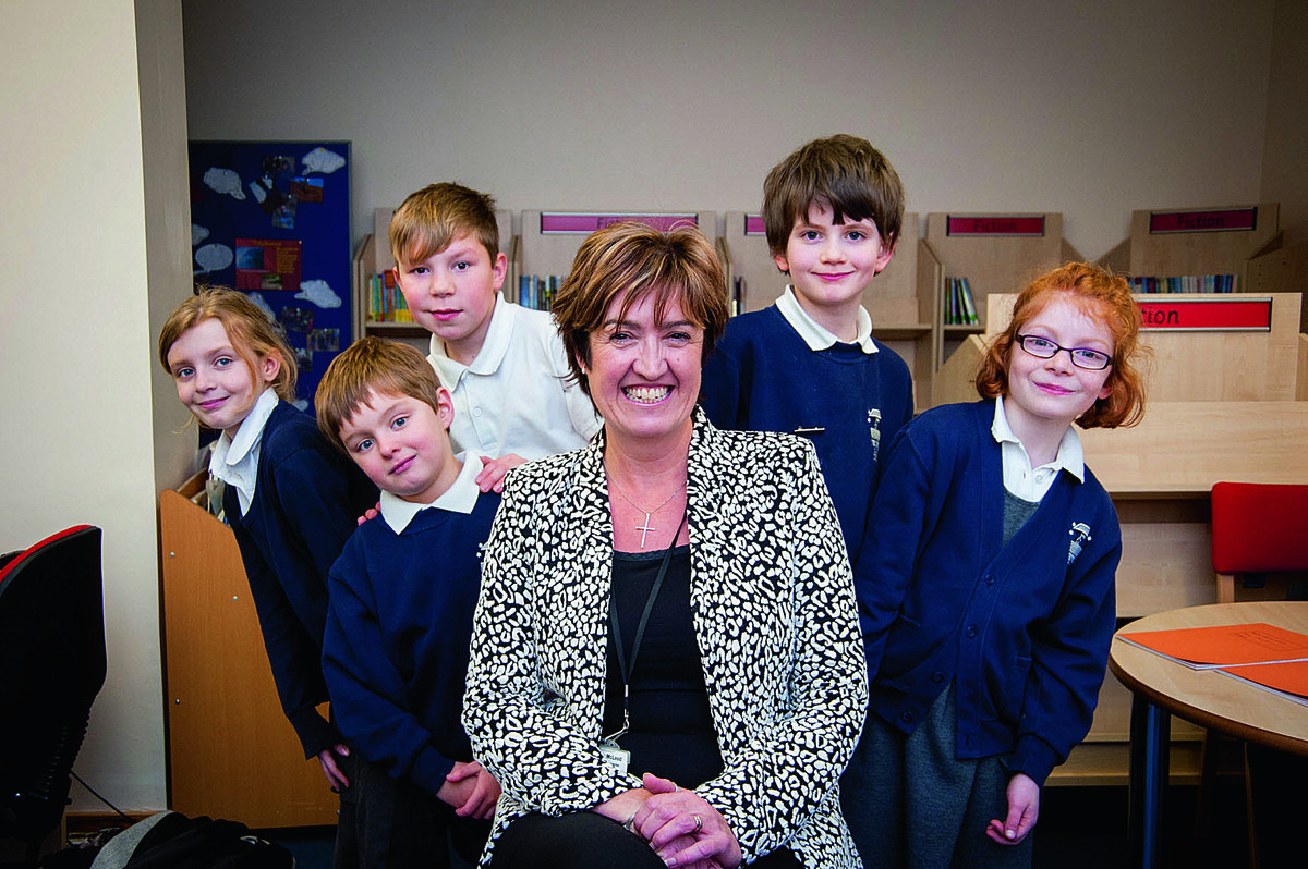 New head Debbie McLeod with pupils, left to right, Jessica Ellis, Jack Wheatley, Jamie Gardner, Finlay Wood and Elizabeth Sansome