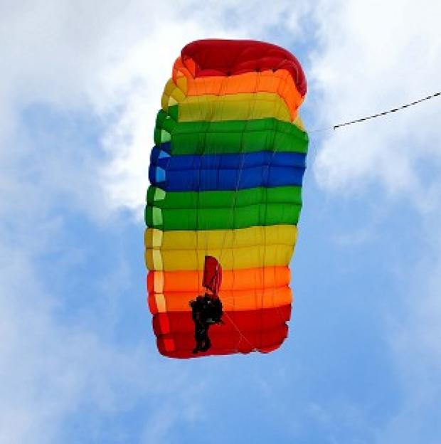 The Oxford Times: A man badly hurt in a parachuting accident is recovering in hospital in New Zealand