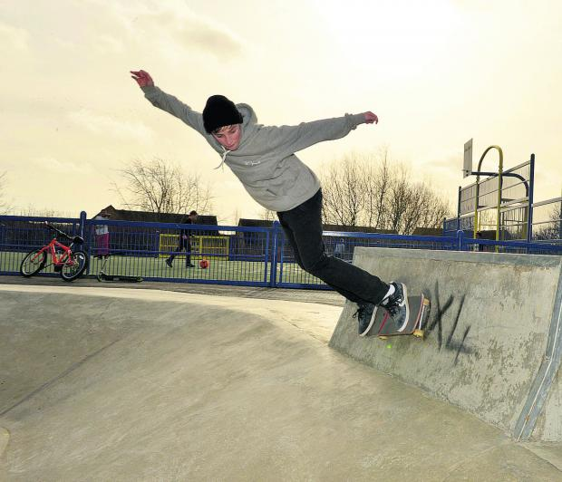 Doing a wall ride at the Fry's Hill Skate Park is 14-year-old Jude Blake from Headington Picture: OX65032 Simon Williams
