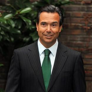 Lloyds Banking Group boss Antonio Horta-Osorio could get a shares windfall worth �1.7 million