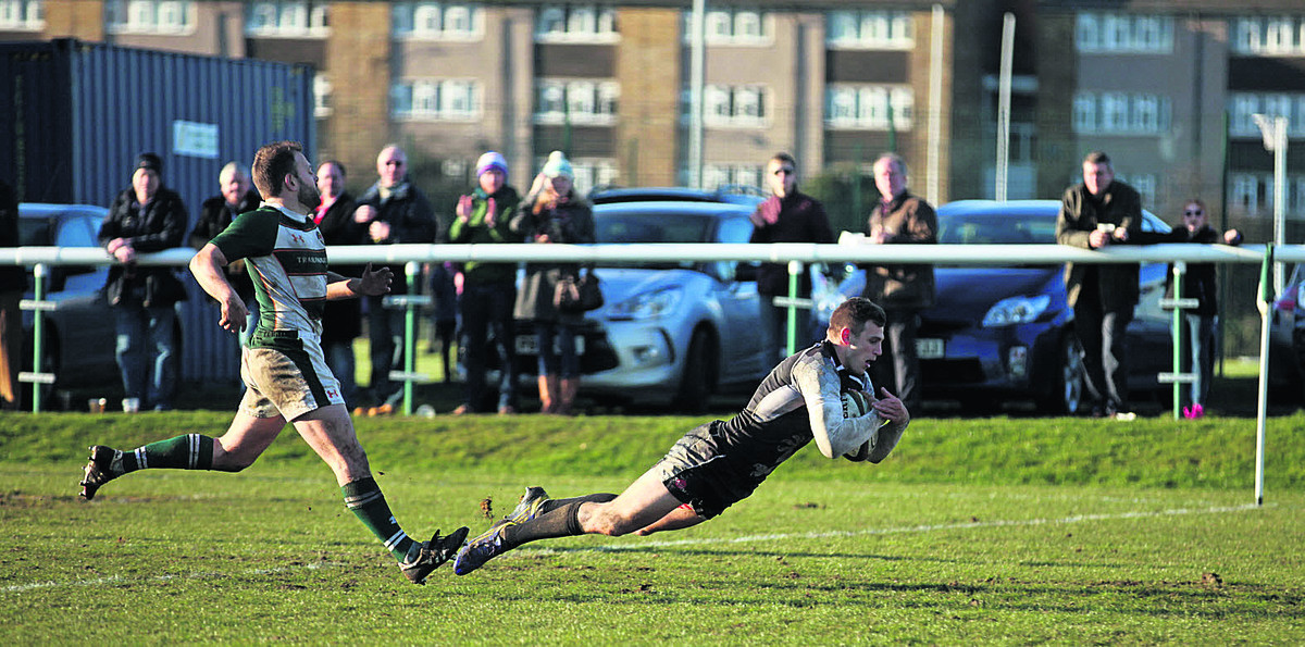 Nick Scott dives over for London Welsh's fourth try