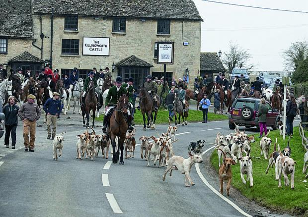 The Heythrop Hunt sets off from the pub on Monday