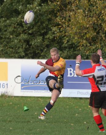 Fly half Zac Norris returns for Oxford Harlequins' derby clash at Grove