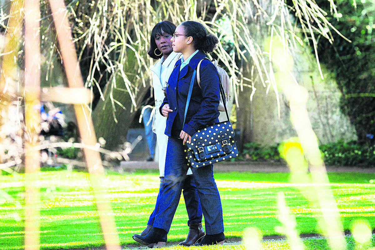 Denise Fox, left, played by Diane Parish, and Libby Fox, played by Belinda Owusu, in Oxford's Botanic Garden