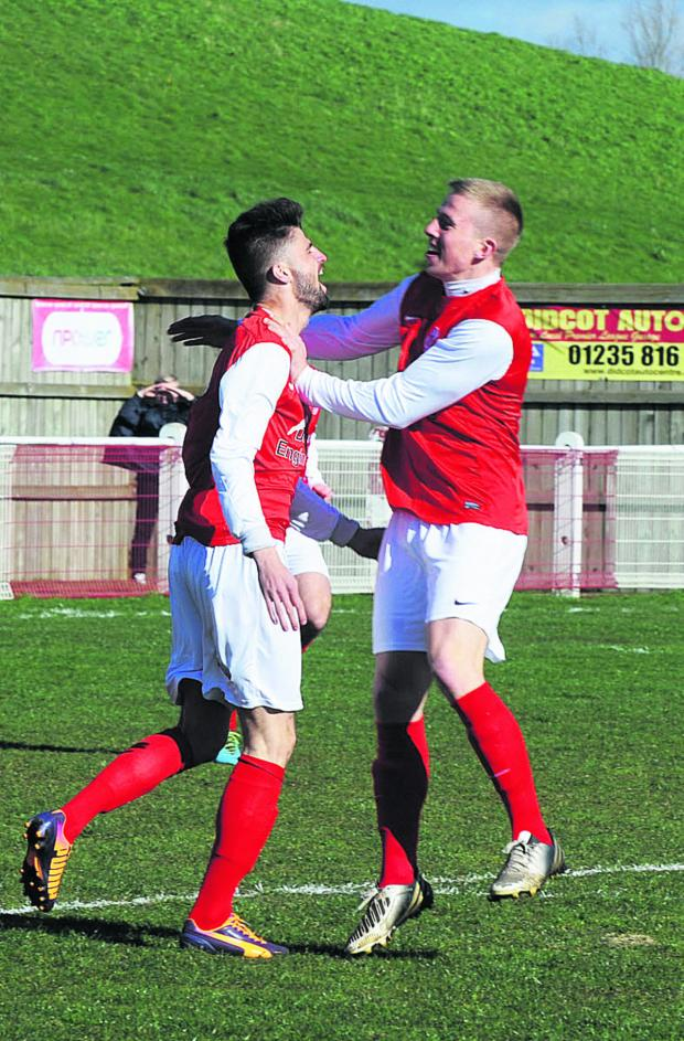 The Oxford Times: Jack Longford celebrates with Josh Baines after scoring inside 23 seconds