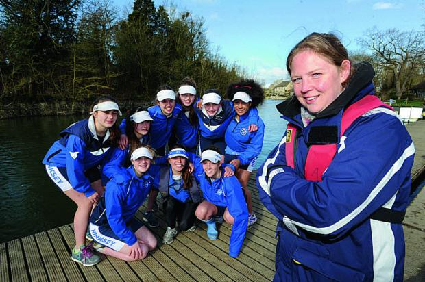 Amelia Wright, Hinksey Sculling School's Director of Rowing, with the Women's Junior 16 8+ crew