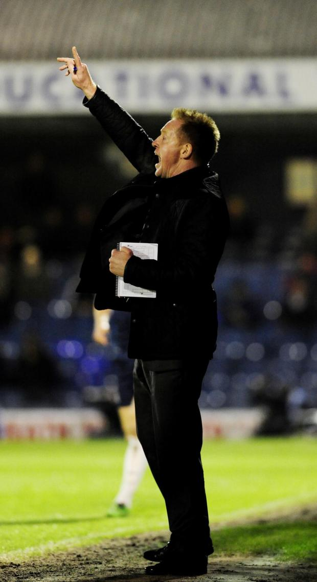 The Oxford Times: Gary Waddock issues instructions at Southend