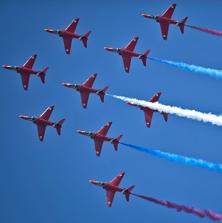 A three-minute video has been posted online that puts the viewer in the passenger seat of a Red Arrows plane during a practice session