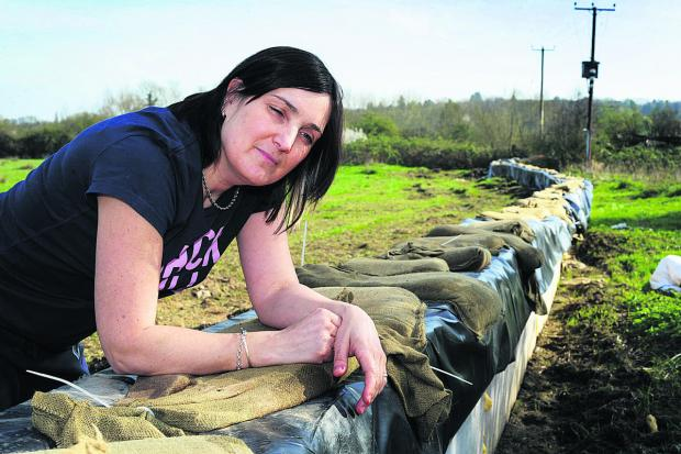 The Oxford Times: Maria Banks at South Hinksey's flood defences