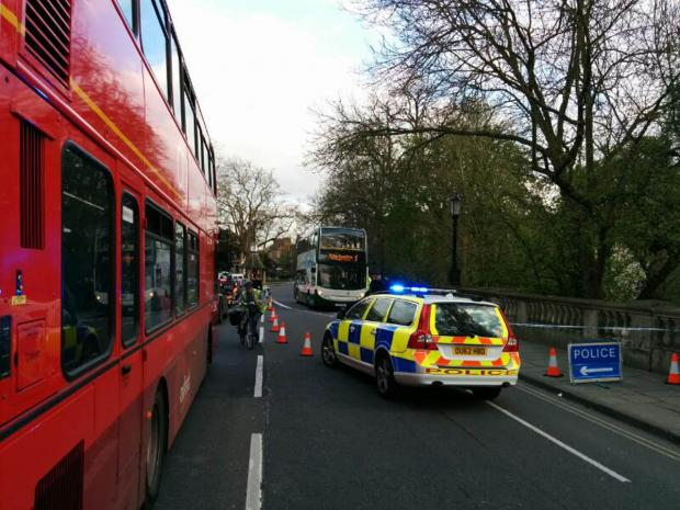 Magdalen Bridge closed after collision involving a cyclist and bus