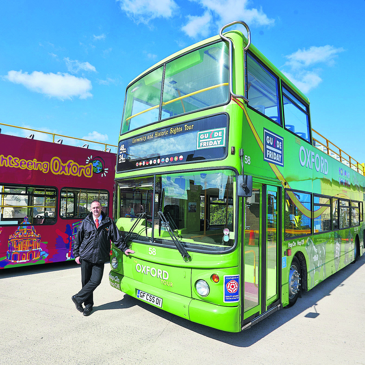 Sightseeing buses get green refit to help reduce pollution
