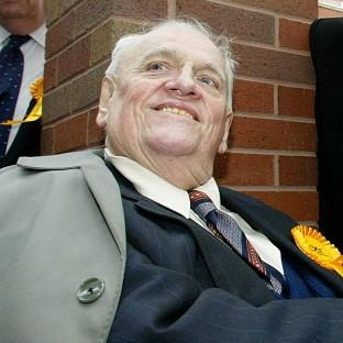 The Oxford Times: Child abuse allegations against Sir Cyril Smith were raised on the floor at a Liberal party conference, the MP who investigated the scandal claims