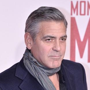 Hollywood star George Clooney is said to have proposed to his British girlfriend, the human rights lawyer Amal Alamuddin