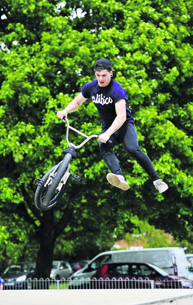 The Oxford Times: Jake Soden, 16, takes a spin. Picture: OX67006 Mark Hemsworth
