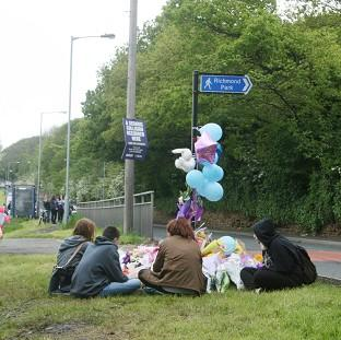 The Oxford Times: Friends of Jasmyn Chan hold a vigil near to the scene where the 14-year-old died following a hit-and-run collision in Sheffield