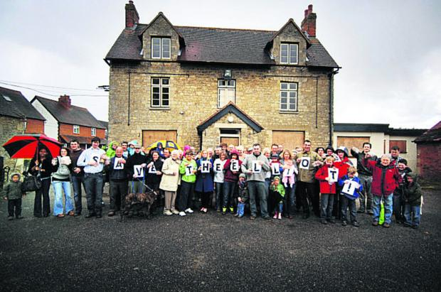 The Oxford Times: Villagers protesting about the pub closure in 2010