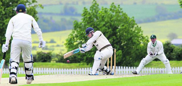 Jonny Cater, in the runs against Buckinghamshire, which preserved Oxon's perfect record ahead of the trip to Herefordshire  Picture: Damian Halliwell Order no: OX67106