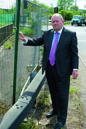 Councillor Rodney Rose at Kennington roundabout