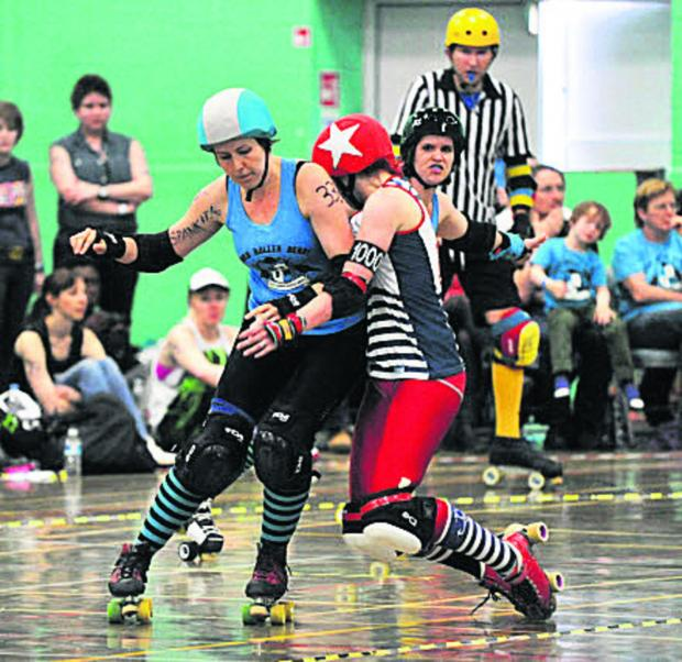 Heather Phillips, pictured left in blue  Picture: OX67380 Jon Lewis