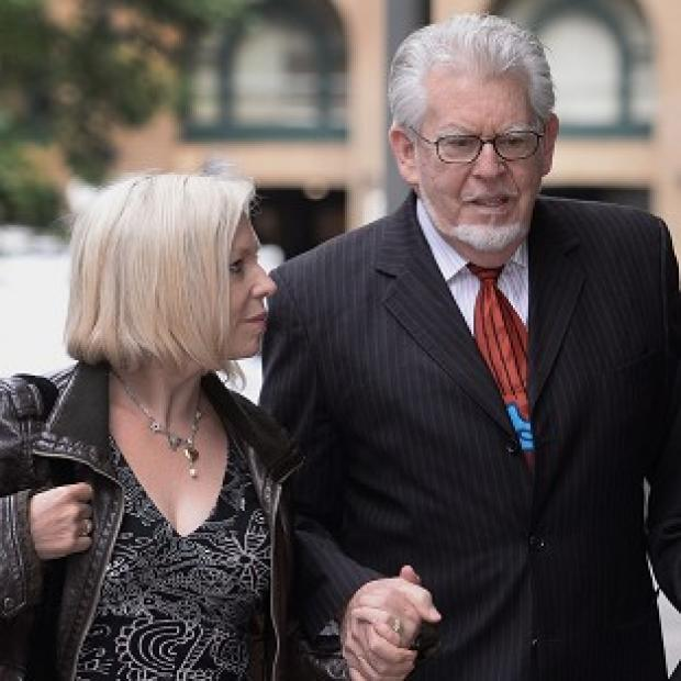 The Oxford Times: Rolf Harris arrives at Southwark Crown Court with daughter Bindi