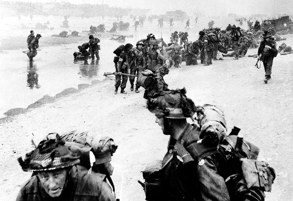 The First Bucks, a territorial battalion of the Oxfordshire and  Buckinghamshire Light Infantry, land on Sword Beach on June 6 1944.