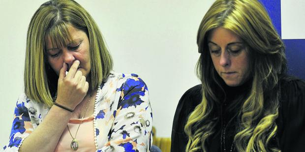 The Oxford Times: Michelle Lavelle, Kevin's widow and Lesley Lavelle, his sister, at yesterday's press conference. Pictures: OX67725 Mark Hemsworth