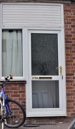 Picture shows the flat in Warwick Road, Banbury, which was raided by Police this morning
