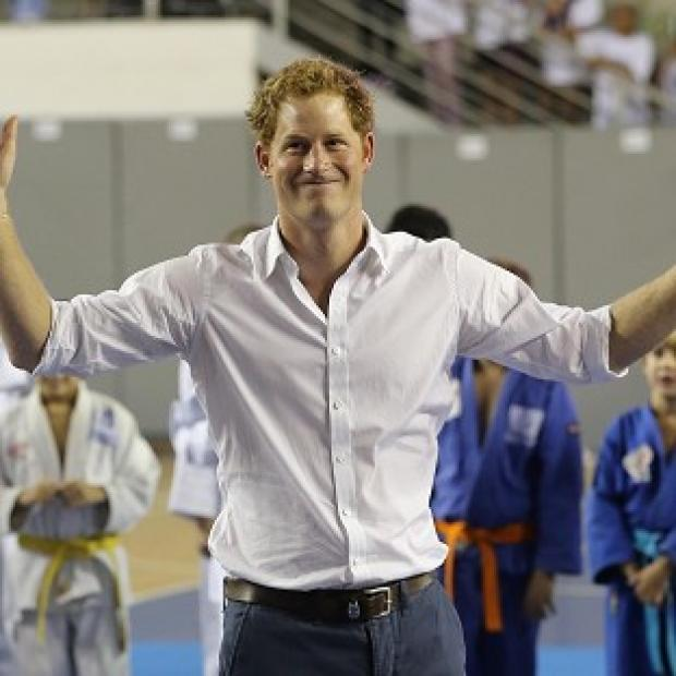 The Oxford Times: Prince Harry plays basketball in Belo Horizonte on the second day of his tour of Brazil