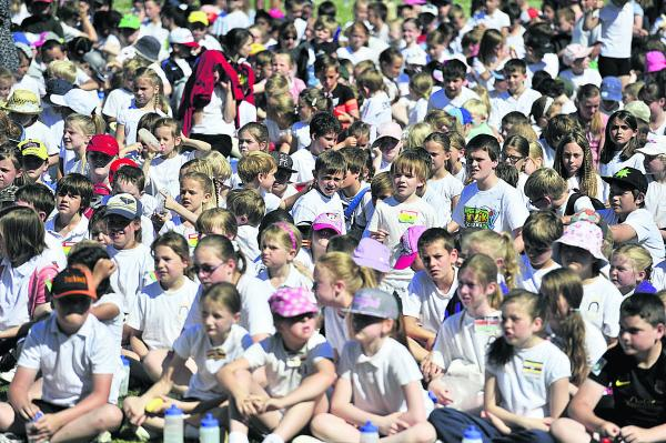 More than 1,000 pupils took part in the Carterton Commonwealth Games yesterday. Picture: OX68534 Mark Hemsworth